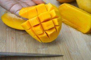 11. Mango Cutting 4(resized)