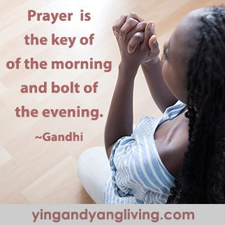 Zen Message Praying Lady – Gandhi
