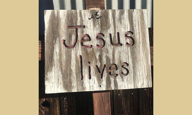 JesusLives670X400